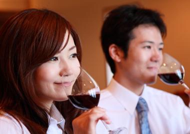 「【Rooters×独身ワイン会】表参道 de 各国のスパークリングが楽しめる恋活スパークリングパーティー♪」の画像2枚目